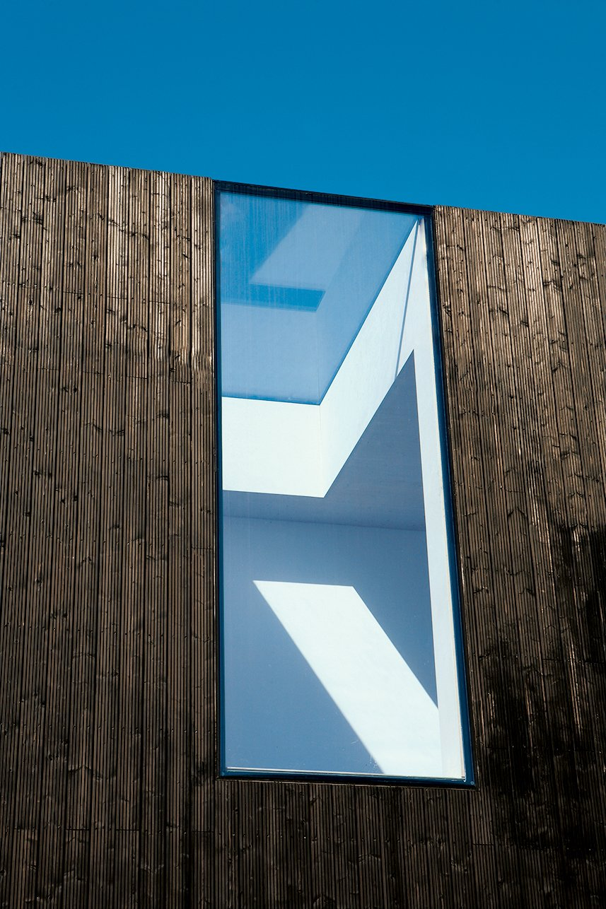 Adjaye cut a gap straight through the roof and facade.  Photo 7 of 13 in All Clad