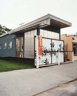 "Jennifer Siegal's other house is the portable ShowHouse, a 720-square-foot example of her factory-built prefab housing, wedged in among the boutiques and coffee bars on trendy Abbott Kinney Boulevard in Venice. ""I set it up so people would have a place to come and kick the tires,"" Siegal jokes. ""What does modern prefab feel like?"""
