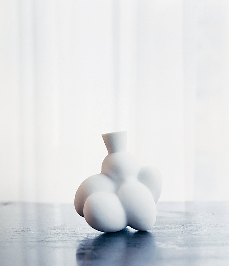 An Egg vase.  Photo 6 of 11 in Marcel Wanders
