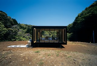 Architect Tadashi Murai designed this remote retreat for a Tokyo transplant who abandoned his corporate existence.