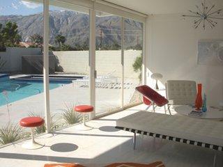 Palm Springs Modern: Wexler Steel Houses - Photo 1 of 1 -