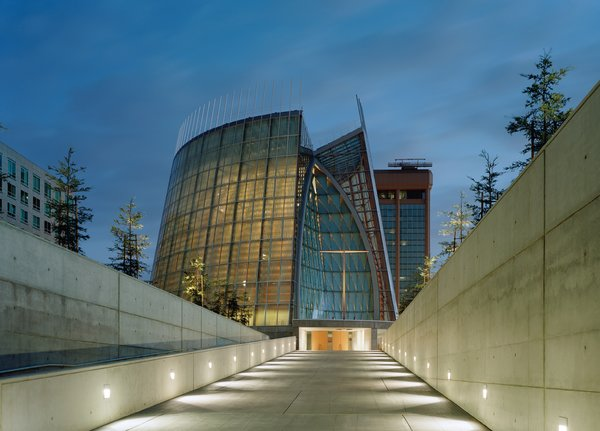 Cathedral of Christ the Light by Skidmore, Owings & Merrill<br><br>Honor Award winner for Excellence in Architecture