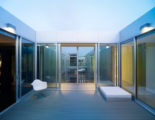 Unit No. 5 by Stanley Saitowitz/Natoma Architects<br><br>Merit Award winner for Interior Architecture