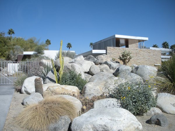 In the 1940s, Edgar J. Kaufmann, a Pittsburgh department store giant and the same Kaufmann who commissioned Frank Lloyd Wright to build his Falling Water home in Pennsylvania, asked architect Richard Neutra to built a vacation home for his family in Palm Springs. The resulting home is now one of Neutra's best-known works.