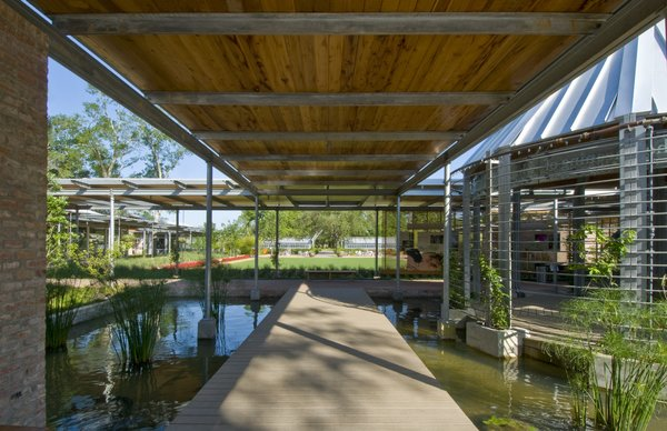Shangri La Botanical Gardens and Nature Center (walkway) in Orange, Texas, by Lake|Flato Architects. Photo by Hester + Hardaway.