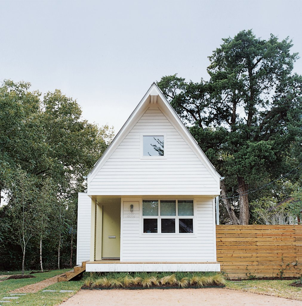 Brett Zamore calls the house he designed for David Kaplan the Shot-Trot because it fuses two regional housing types, the shotgun and the dogtrot.  Tiny Homes  by Erika Heet from The Lowest Utility Bill on the Block