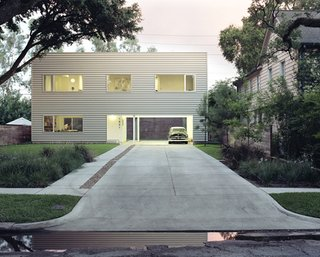 Hometta: Affordable Modern Home Plans - Photo 1 of 4 - 48' House by Interloop Architecture (Dawn Finley and Mark Wamble). Photo by Daniel Hennessey