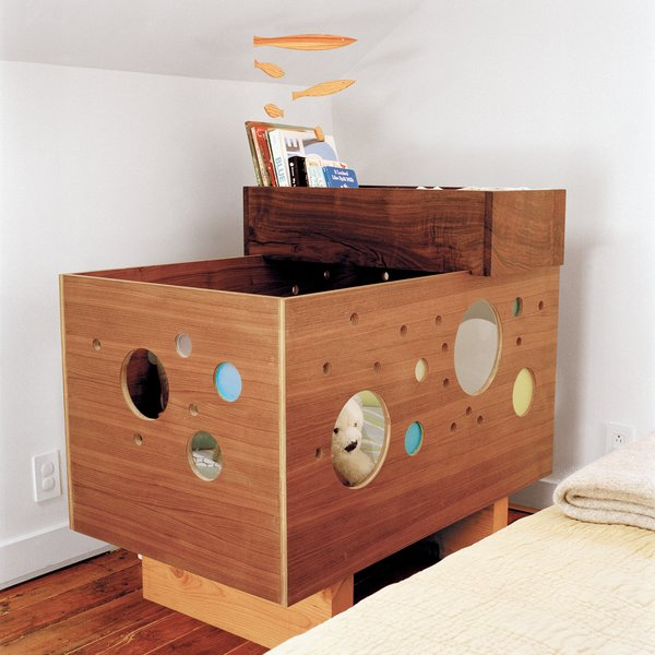photo 19 of 20 in 20 cool cribs for the modern baby from built in style dwell. Black Bedroom Furniture Sets. Home Design Ideas