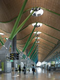 An Introduction to Airport Design - Photo 4 of 5 - Barajas Airport, Madrid