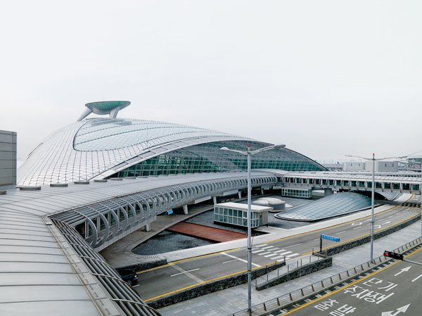 An Introduction to Airport Design - Photo 3 of 5 - Incheon International, Seoul