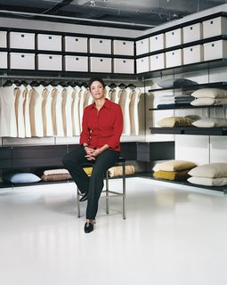 Standolyn Robertson Reviews 5 Closet Systems