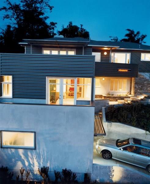 Architect Joe Day and his wife, Nina Hachigian, transformed a 1940s tract house in Silver Lake into a hard-edged but open home that engages the neighborhood and takes advantage of the views.