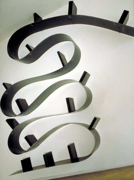 Large Bookworm (1993)<br><br>Photo courtesy of <br><br>Ron Arad Associates and the Museum of Modern Art