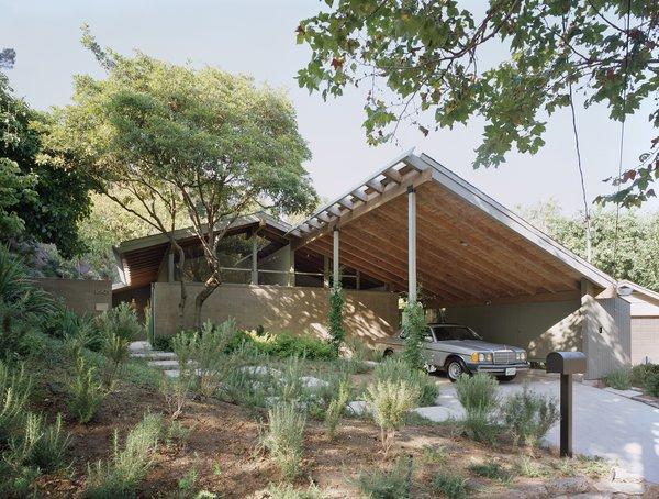A. Quincy Jones's Katzenstein residence.