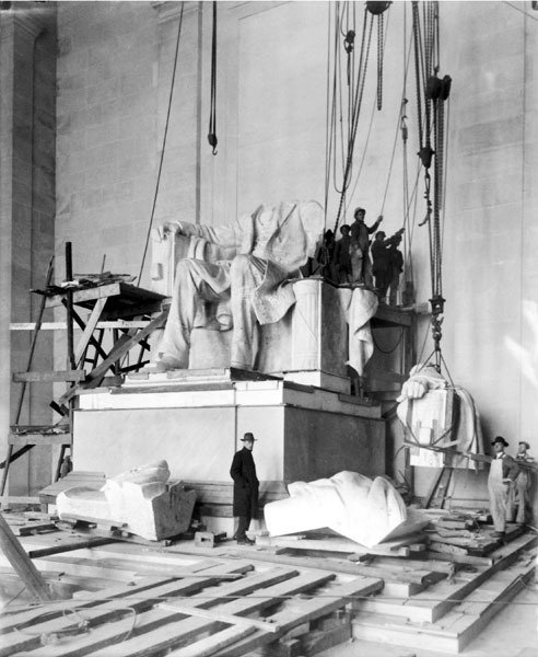 The Lincoln Memorial under construction.