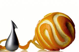 Apostrophe orange peeler, by LPWK - Gabriele Chiave for Alessi.<br><br>This small peeler will allow you to eat a ripe orange without ending up with rind underneath every fingernail.