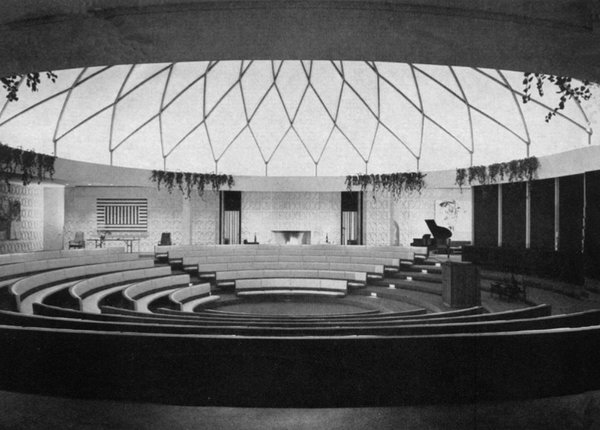 First Unitarian Society Church, Schenectady, New York, 1961, by Edward Durell Stone. Image via Architectural Record, October 1962 issue.