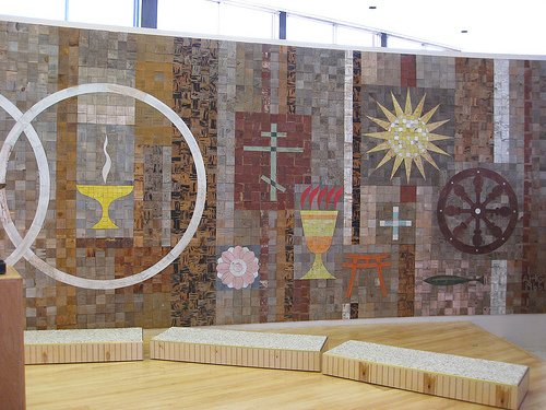 A mural created by Alexander Girard for The First Unitarian Church in Albuquerque, New Mexico. Image courtesy Flicker user Paulinacha.