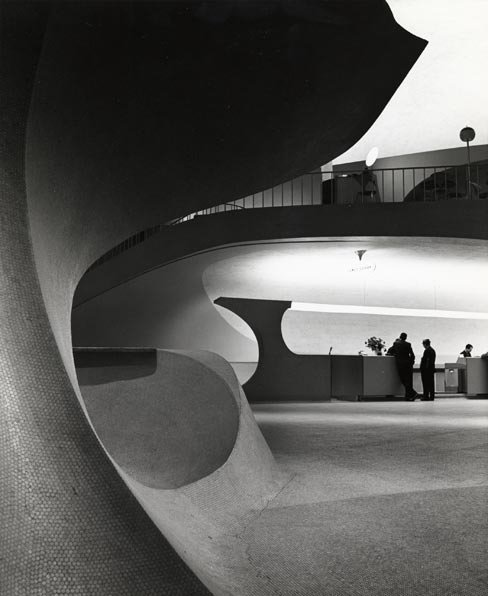 TWA Terminal, New York International (now John F. Kennedy International) Airport, New York, circa 1962. Photograph by Balthazar Korab. Image courtesy Balthazar Korab, Ltd.