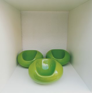 A trio of miniature Pastil Chairs.