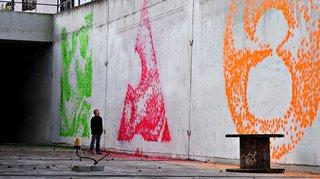 Facade Printer Inkjets the City - Photo 1 of 5 -