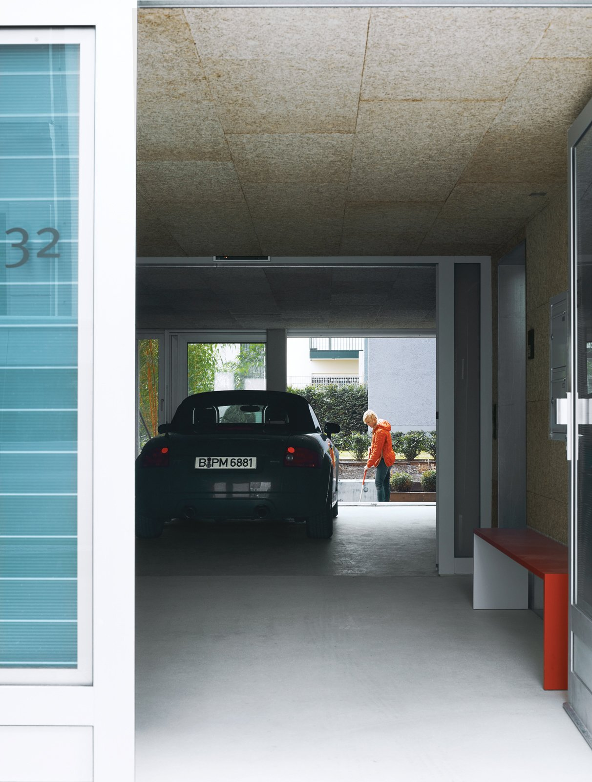 Just outside the lobby is a drive-through for Spiekermann's Audi. Tagged: Garage and Attached Garage.  Photo 5 of 16 in A Rational Approach