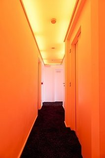 A Pantone Hotel for the Color-Obsessed - Photo 4 of 10 -