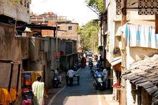 Touring India - Photo 9 of 27 - Each time you look in any direction you'll see something new. The streets seem to go on forever.