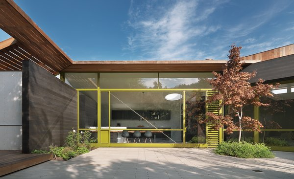 The residence of Lara and Chris Deam was featured in Dwell's 10th anniversary issue and is among the stops on the 2011 Marin Home Tours.