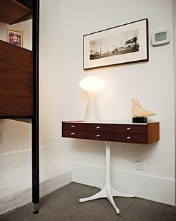 Less is More in this Manhattan Beach Bungalow - Photo 9 of 18 - A Nelson jewelry cabinet and Massimo Vignelli lamp.