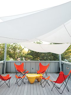 Epic Sail<br><br>To reduce heat load and provide shade, DeSalvo initially tracked down a sail system from Sun Shade Australia. But the $6,000 price tag had the architect and contractor designing their own version out of Mermet solar screen fabric. It was fabricated by Covers Unlimited for $1,800. <br><br>coversunlimitedinc.com