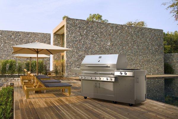 Kalamazoo Outdoor Gourmet's Hybrid Grill K1000HS.