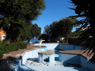 Gio Ponti's Parco dei Principi Hotel - Photo 27 of 29 - One of the hotel's most celebrated features—a free-form pool with a swim-through island and diving board rising from its depths—was closed during our February stay.