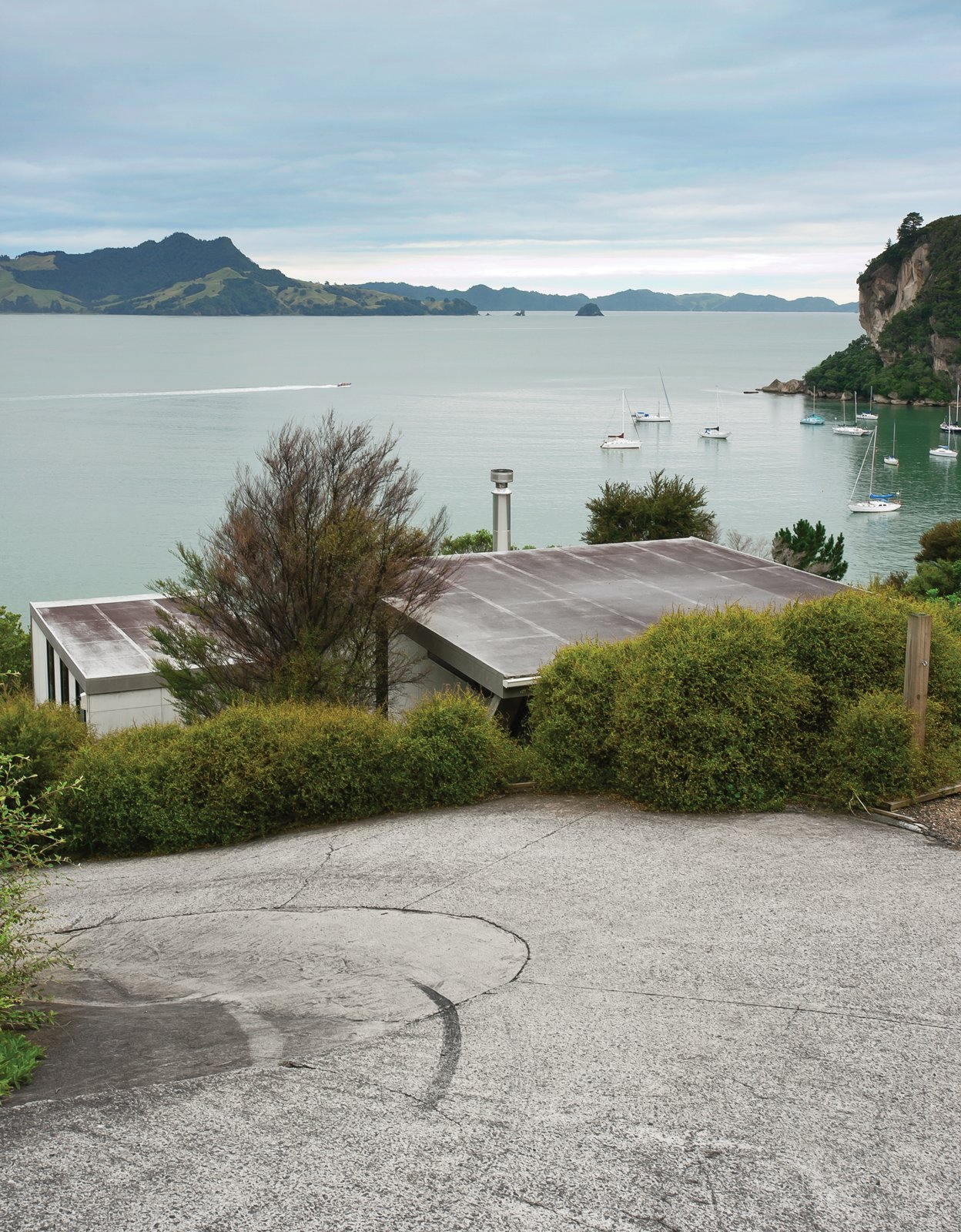 A short road leads to Maramaratotara Bay. Make Your Parents Happy by Building Them a House - Photo 8 of 25