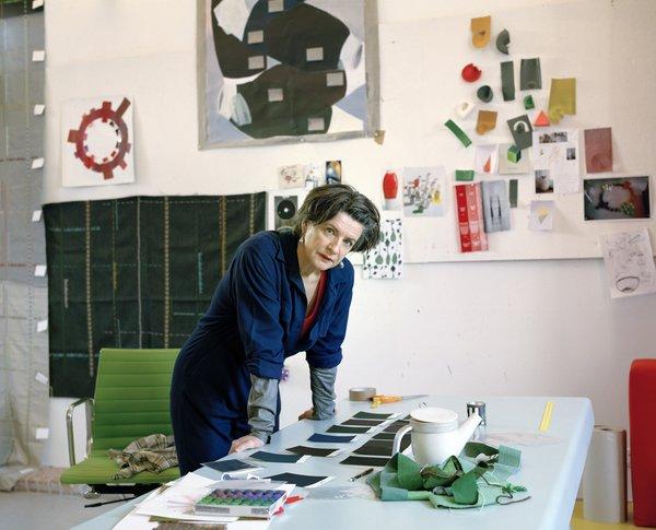 Hella Jongerius Timeline1993<br><br>Graduates from Design Academy Eindhoven.