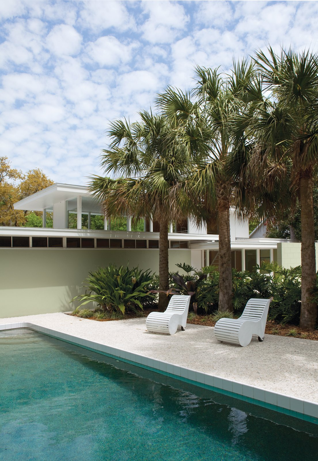 Rebirth of the CoolThe Sunshine State once yielded a bumper crop of modernist homes that—as this remodel proves—are still worth savoring.  Photo 1 of 2 in Rebirth of the Cool