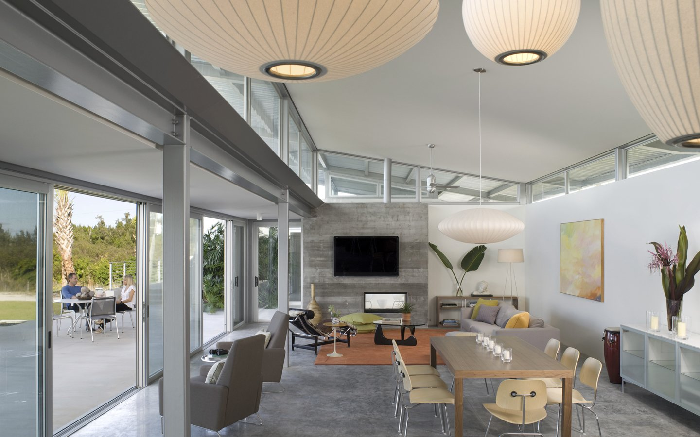 Photo via Hughesumbanhowar Architects