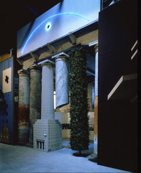 Hans Hollein, façade from Strada Novissima, The Presence of the Past, 1980.