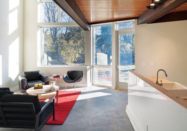 """To reinforce the thermal efficiency of the envelope, 16-inch-wide I-joists made from black spruce lumber were employed as wall studs, allowing for what Bernheimer describes as <br><br>a """"tremendous amount <br><br>of insulation."""""""