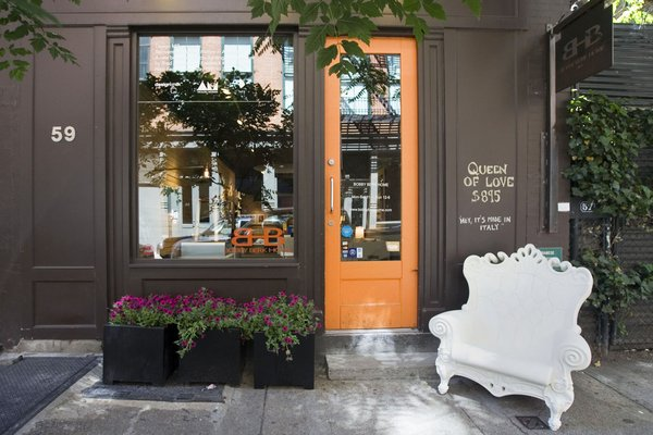 Bobby Berk home, location of Design Milk Presents: Reinvention; Writing History in Aluminum.