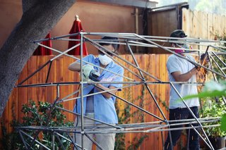 Grinding welded connections. Photo by Teri Yu.