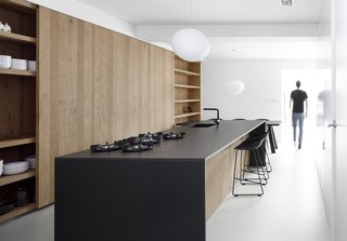 Ordinaire 20 Best Modern Kitchen Counters   Photo 13 Of 20   A Foscarini Gregg  Pendant Hangs