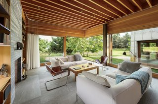 Six Concrete Boxes Make a Jaw-Dropping Martha's Vineyard Home - Photo 5 of 11 -