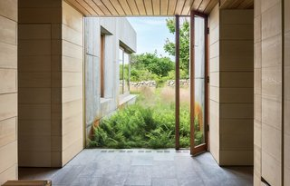 Six Concrete Boxes Make a Jaw-Dropping Martha's Vineyard Home - Photo 6 of 11 -