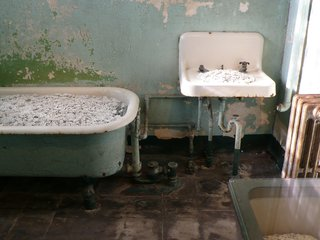 A Behind-the-Scenes Look at Ai Weiwei's Sobering Alcatraz Exhibition - Photo 6 of 7 -