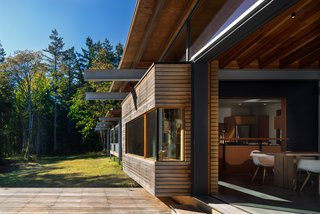 An Off-the-Grid Island Home for a Seattle Music Producer - Photo 8 of 16 -