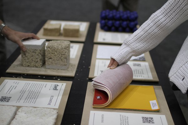 At the Dwell Materials Lab, show goers had the opportunity to touch, feel, and learn about common—and not so common—construction materials.