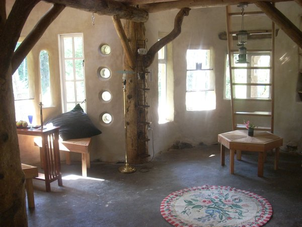 Here's the interior of the cob house. Photo courtesy of Jen Gobby.