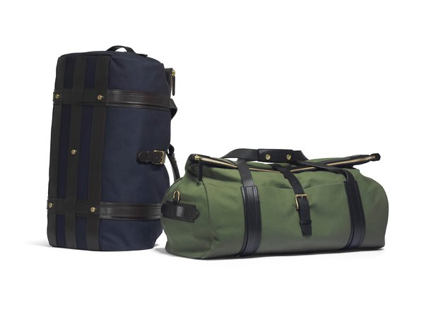 With a series of classic colorways, the Explorer is that rare big of luggage that feels entirely current yet runs little risk of going out of style.