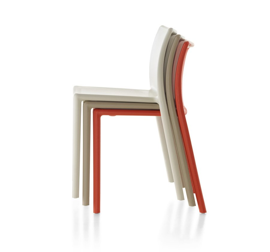 Alexandra Lange: In a few cases, I think the designer is right but not the piece: why Jasper Morrison's Monopod chair and not the much cheaper Air Chair [for Magis, actually from 1999], an excellent example of the supernormal idea? Future Classics, Circa 2050? - Photo 6 of 12